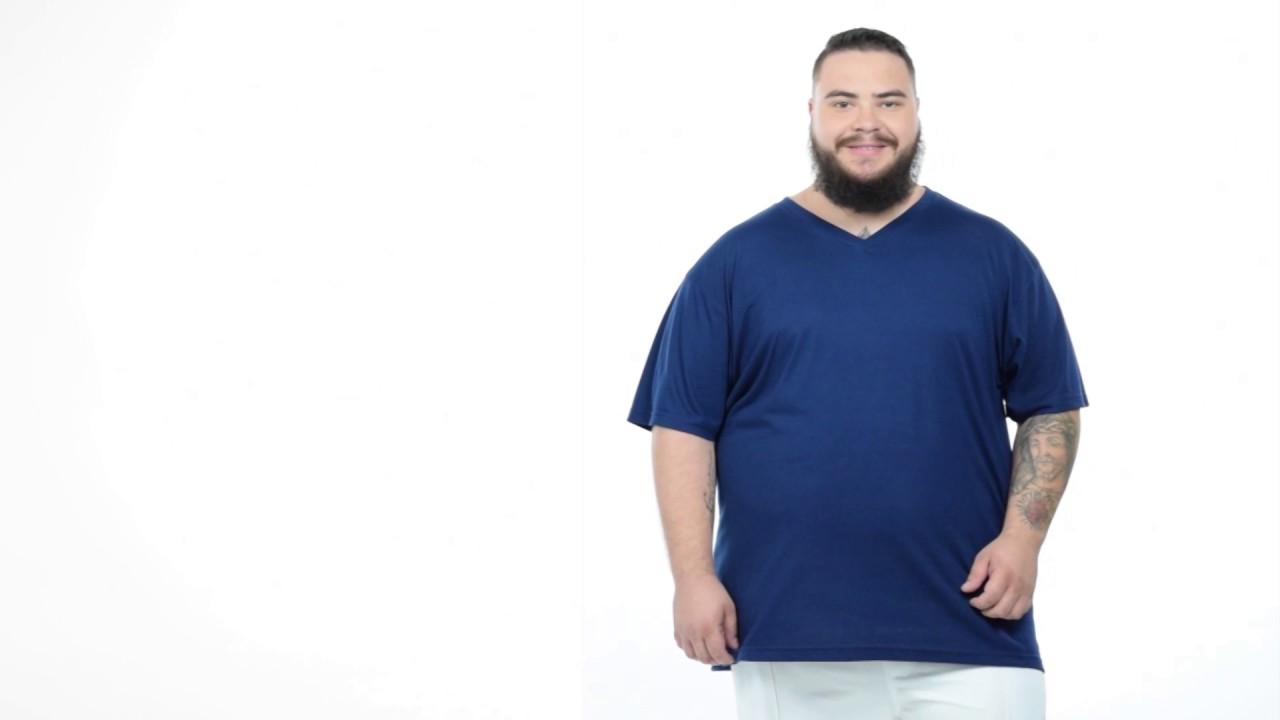 cb1a4e7199f Camiseta Masculina Decote V Malha Fria Plus Size Fenomenal - YouTube