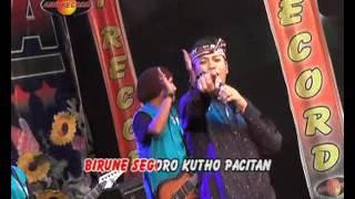 Pantai Klayar - Jo Klitik (Official Music Video)