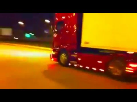 Mikroulis Transport-Scania R620-by night-Sound