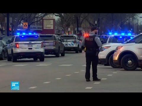 مقتل شرطي وامرأتين ومسلّح بإطلاق نار قرب مستشفى في شيكاغو  - نشر قبل 3 ساعة