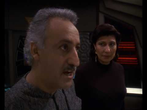 Secrets Revealed | Star Trek: Deep Space Nine   Doctor Bashir, I Presume  Dr Bashir I Presume