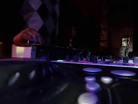 Deep House en vivo Dj Ezzander Label Tio Pope Bar Rafaela Santa Fe