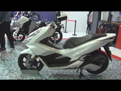 Honda PCX 125 White (2019) Exterior and Interior