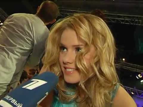 EXCLUSIVE: Green-room interview with Yohanna during the Grand Final evening!