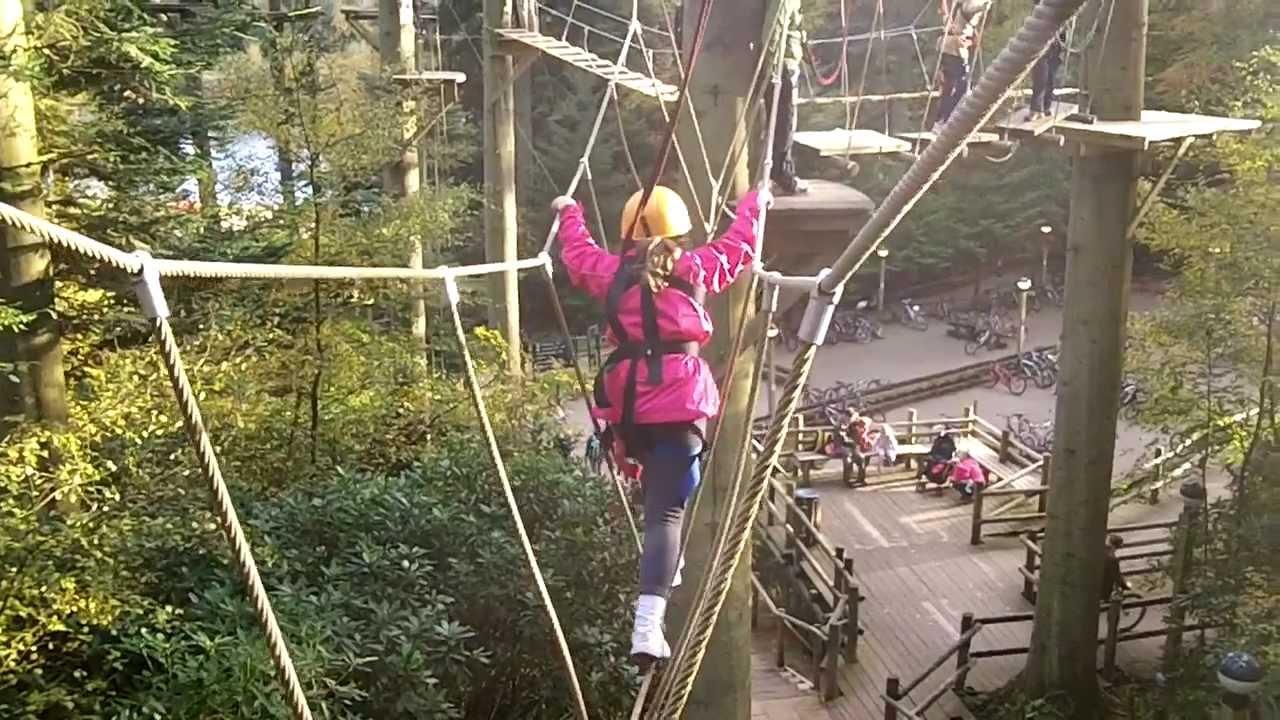 Tree Trekking Amp Zipwire At Longleat Centerparcs Youtube