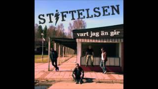 Stiftelsen - Var jag än går Lyrics