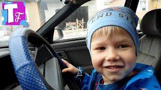 лада седан баклажан как у Тимати в клипе ребенок за рулём автомобиля #транспорт