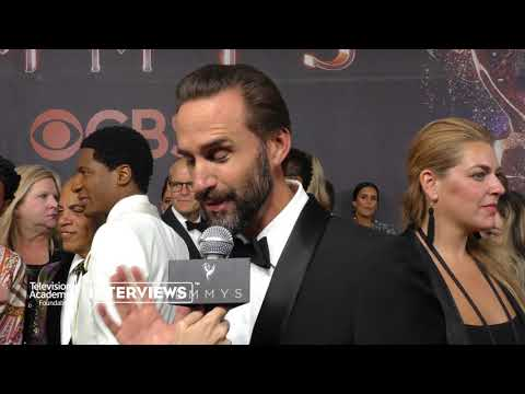 "Joseph Fiennes on his first impressions of ""The Handmaids Tale"" - 2017 Primetime Emmys"