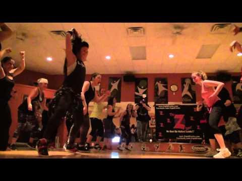 Tara Romano Dance Fitness - (Booty Battle ) DJ Snake and Yellow Claw (Slow Down)