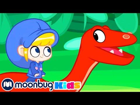 Morphle and Mila at the Dinosaur Dog Race! | Jurassic Tv