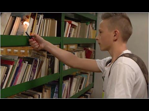 Uczeń chciał podpalić szkolną bibliotekę i całą winę zrzucić na kolegę z klasy [Szkoła odc. 471]