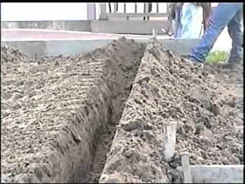 Como hacer el piso de una casa parte 1 youtube for Como hacer un piso de cemento paso a paso