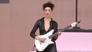 St. Vincent Being A Guitar God