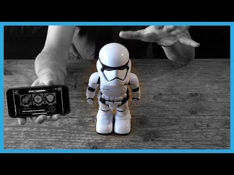 Star Wars First Order Stormtrooper Robot Hands-on