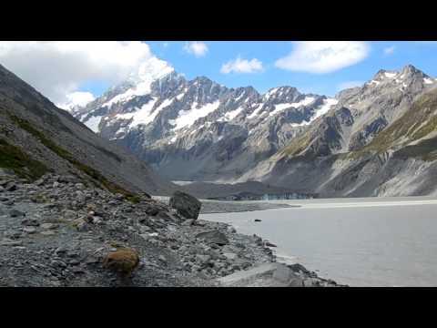 Aoraki / Mount Cook and Hooker Glacier  (New Zealand)