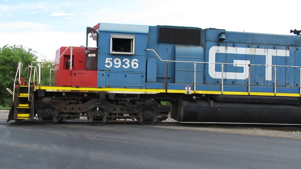 Gtw 5936 Backs Into Siding And Stops For The Switch To Be