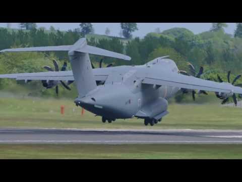 RAF Airbus A400M Atlas v RAF Boeing C-17A Globemaster III