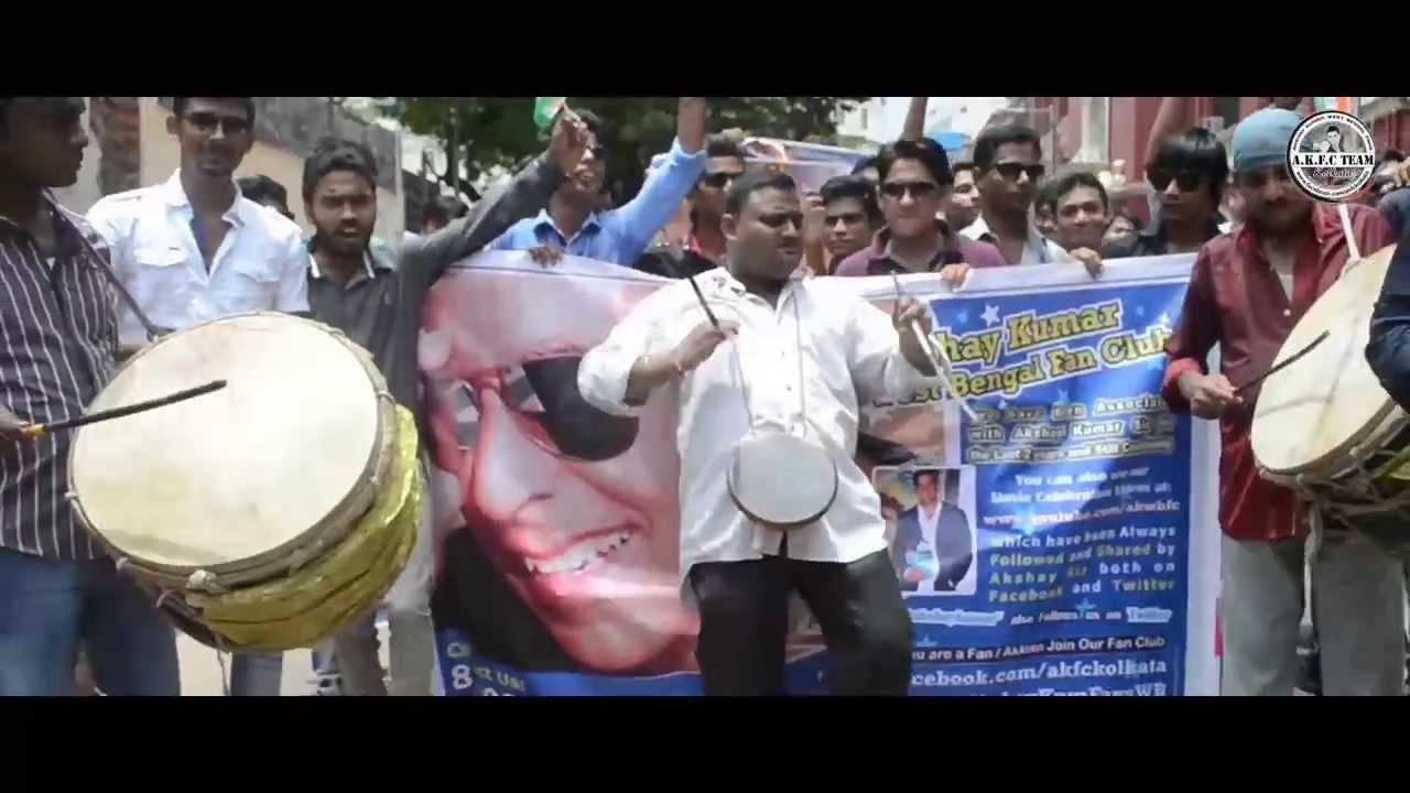 Once Upon A Time in Mumbaai Dobaara, Celebration's by Akshay Kumar West Bengal Fans