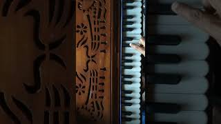 BADI DUR SE AAYE HAIN PYAR KA TOHFA-PIANO HARMONIUM KEYBOARD TUTORIAL ON ORIGINAL SCALE