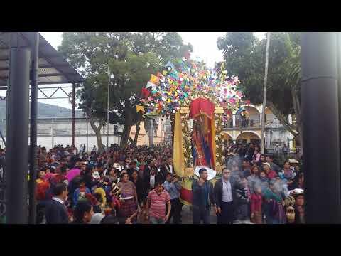 procesión-del-divino-santísimo-de-corpus-christi-en-san-andres-itzapa-2,019