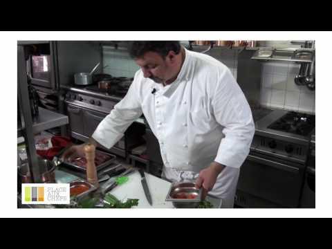Carpaccio De Boeuf à L'huile Aux Piments D'Espelette