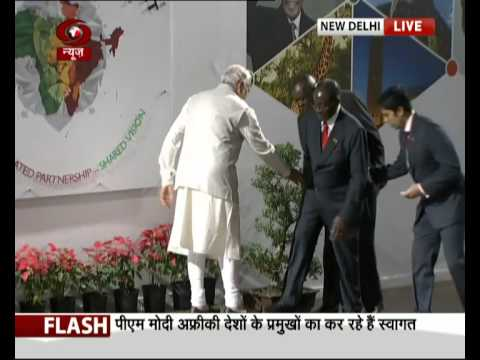 PM welcomes African leaders at Plenary session of India-Africa Summit