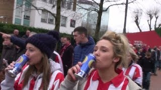 Walking To Wembley Stadium - Sunderland & Manchester City Fans. League Cup Final 2014