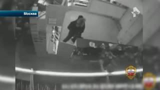 В Москве полицейские задержали грабителя салона сотовой связи