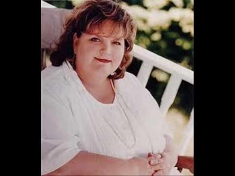 RITA Macneil Dies