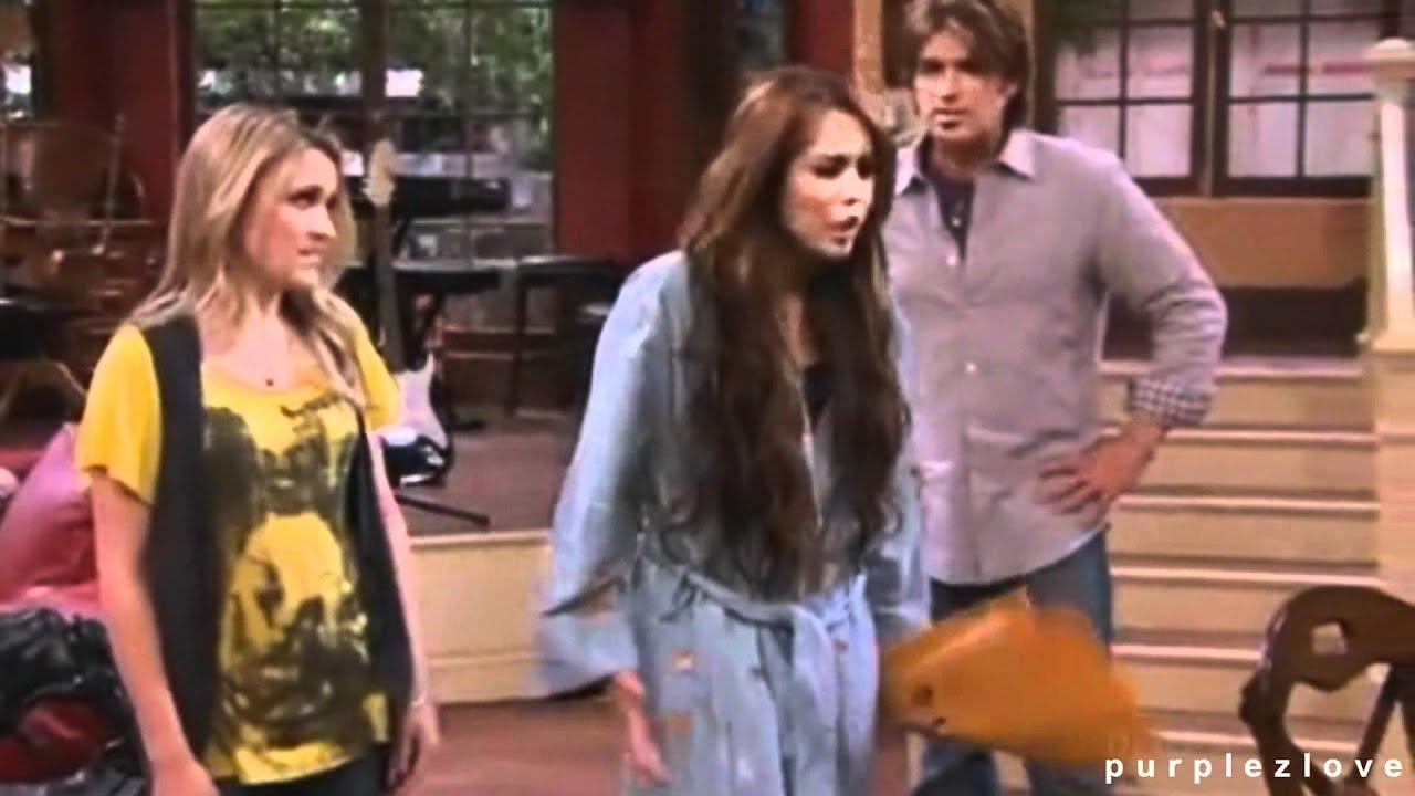 Hannah Montana News and Concert Reviews
