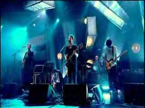 Radiohead - Weird Fishes/Arpeggi (live at Jools Holland)