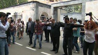 Արմեն Սարգսյանի պարը՝ ցուցարարների հետ