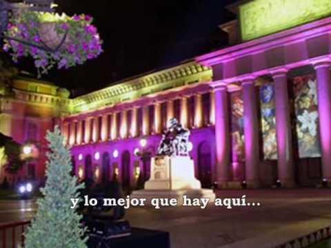 Y en segundo lugar, un grupo tan conocido como la banda de rock y pop rock española, Hombres G, también cantó un magnífico tema de Madrid. Aquí lo tenemos con imágenes de esta gran ciudad.