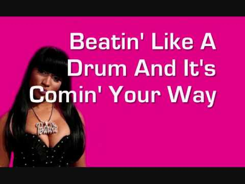 Nicki Minaj - Superbass (Lyrics Video - Uncensored)