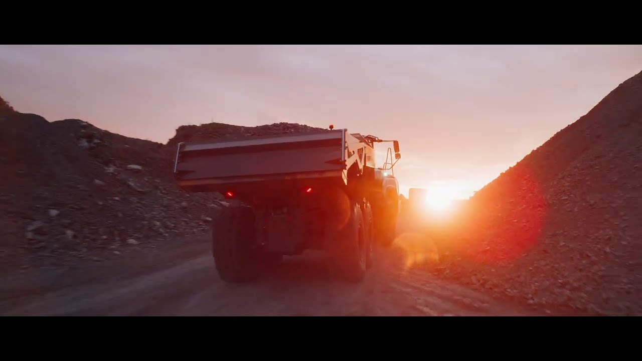 Liebherr - The new TA 230 Litronic articulated dump truck