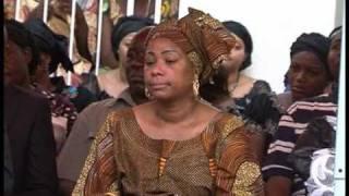 La famille Taratibu est en deuil. La tante, Hortense Kibawa est déc...