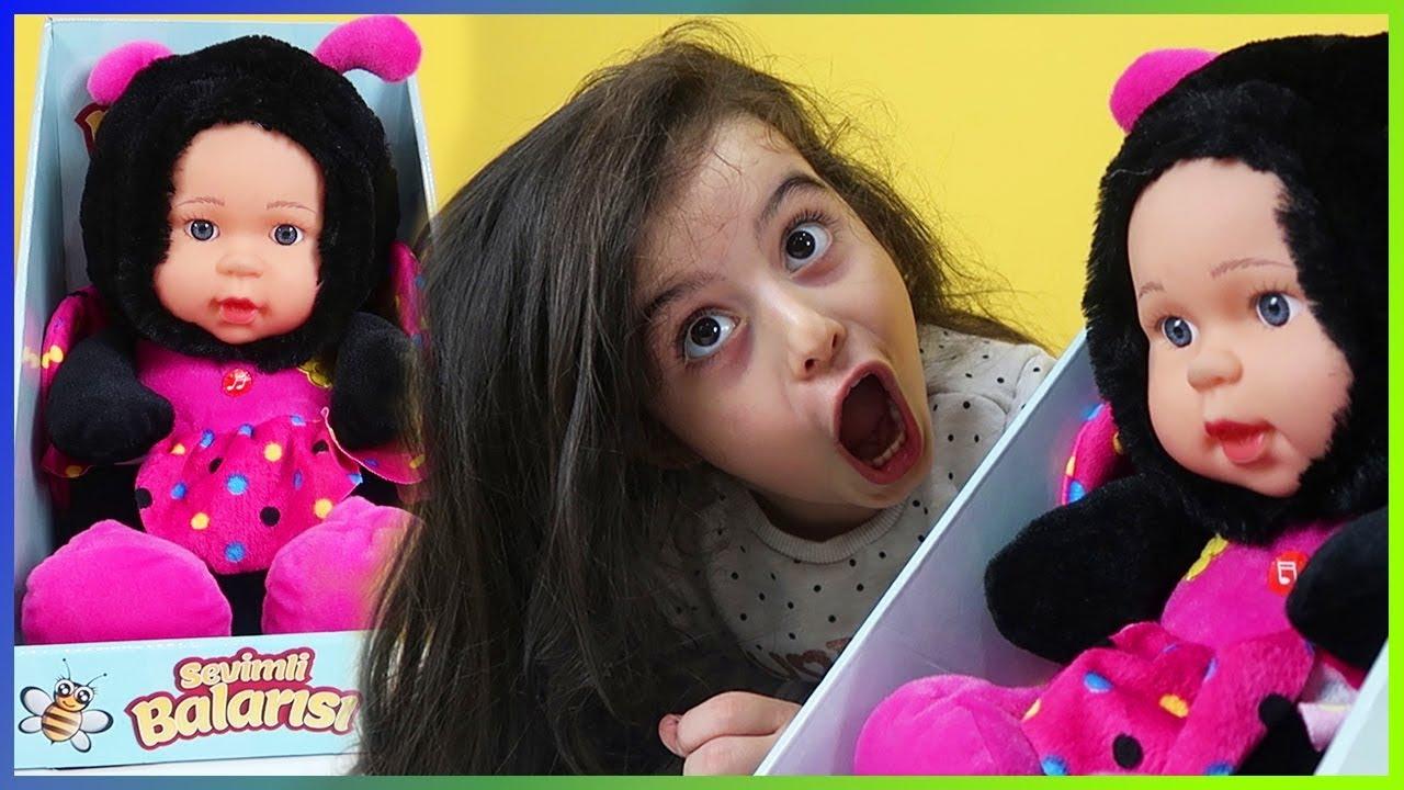Sevimli Bal Arısı Oyuncak Bebek Açtık Arı Vız Vız şarkısını