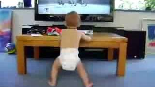 Танцующий ребенок))(Танцующий ребенок)), 2009-10-24T20:51:04.000Z)