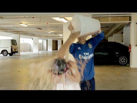 ICE BUCKET CHALLENGE WITH A HORRIBLE TWIST