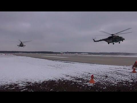 Кадры учений вертолетчиков