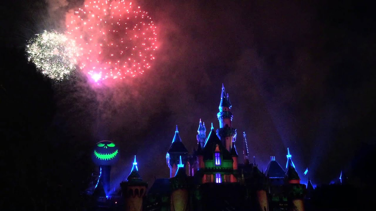 mickeys halloween party halloween screams fireworks 2015