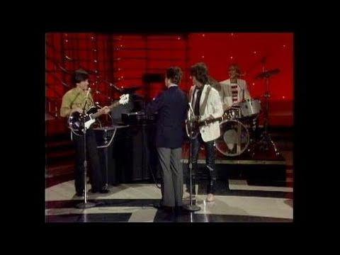 Dick Clark Interviews Grass Roots - American Bandstand 1982