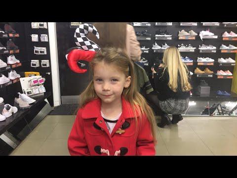 Shoe shopping kids live shopping for shoes