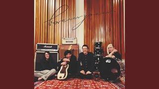 ホタルライトヒルズバンド - 猫と嫁