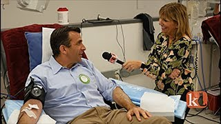 DONATE BLOOD@RED CROSS  /  MAYOR SAM LICCARDO & CEO KEN TOREN