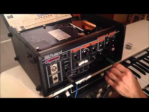 SOLD-Roland RE-501 Chorus Echo (Space Echo) vintage tape delay - functionality test from 65Mosrite
