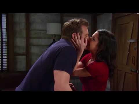 Kelly Monaco  Sam & Jason kissing a lot!