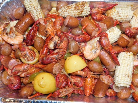 The Best And Easiest Crawfish Boil With Hot & Juicy Sauce
