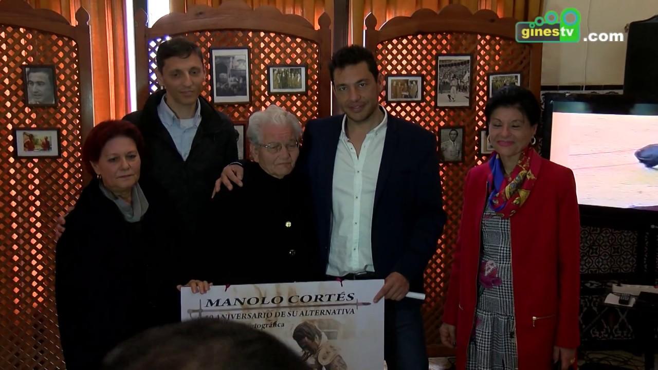 Exposición fotográfica en Gines sobre Manolo Cortés en el 50 aniversario de su alternativa