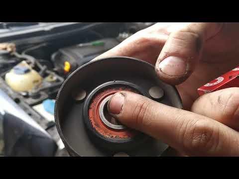 Замена подшипника в ролике натяжителя ремня генератора VW Golf4 или замена ролика